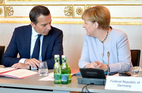 Bundeskanzler Christian Kern und die deutsche Kanzlerin Angela Merkel
