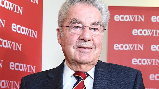 Alt-Bundespräsident Heinz Fischer präsentiert sein neues Buch