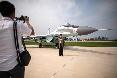 Kampfflugzeug MiG-29 bei der Flugshow in Nordkorea