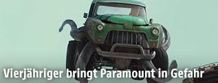 """Szene aus dem Trailer zu """"Monster Trucks"""""""
