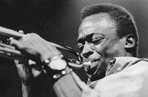 Miles Davis (1969)