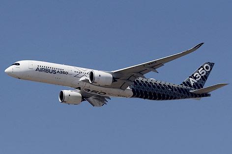Ein Airbus A350 XWB in der Luft