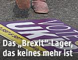 UKIP-Tafel liegt am Boden