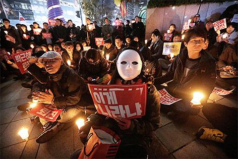 Proteste gegen die südkoreanische Präsidentin Park Geun-hye