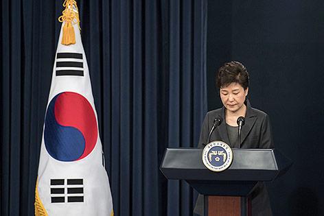 Südkoreanische Präsidentin Park Geun-hye bei einer Fernsehansprache