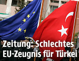 EU Flagge und Türkische Flagge