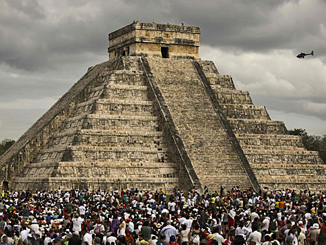 Kukulkan-Pyramide in der mexikanischen Ruinenstadt Chichen Itza