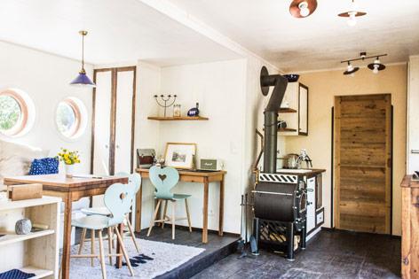 leben in der wohnbox news. Black Bedroom Furniture Sets. Home Design Ideas