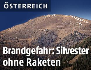 Trockene Bergkette in Kärnten