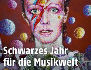 Porträt von David Bowie als Ziggy Stardust auf einer Hausmauer im Lonidoner Stadtviertel Brixton