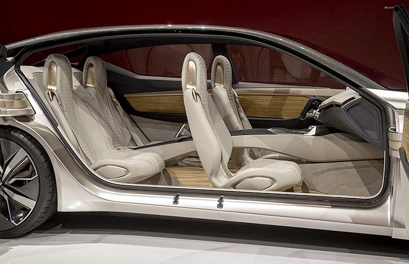 Nissan Vmotion 2.0 bei der Detroit Autoshow