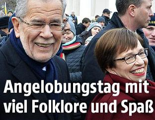 Alexander Van der Bellen mit seiner Frau Doris Schmidauer