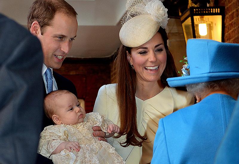 Prince William mit seinem Sohn Prince George und seiner Frau Catherine