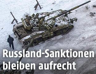 Ukrainische Panzer in der umkämpften Industriestadt Awdiiwka