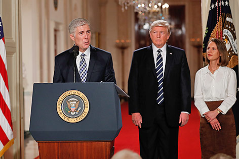 US-Präsident Donald Trump und Richter Neil Gorsuch