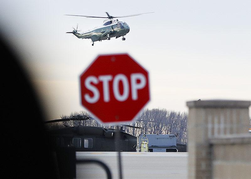 Marine-Helikopter mit Us-Präsident Donald Trump an Bord landet in Dover