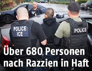 Polizeikräfte