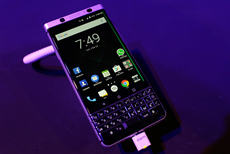"Blackberry ""KeyOne"""
