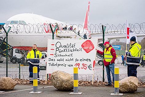 Streik am Flughafen in Berlin