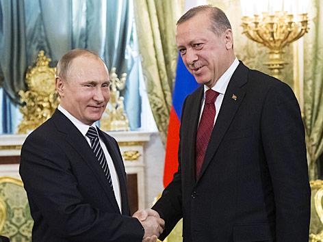 Der türkische Präsident Recep Tayyip Erdogan zu Beruch beim russischen Präsidenten Wladimir Putin in Moskau