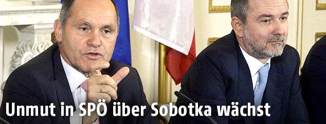 Innenminister Wolfgang Sobotka (ÖVP) und Medienminister Thomas Drozda (SPÖ)