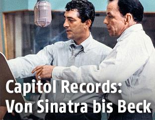 Frank Sinatra und Dean Martin bei einer Probe 1958