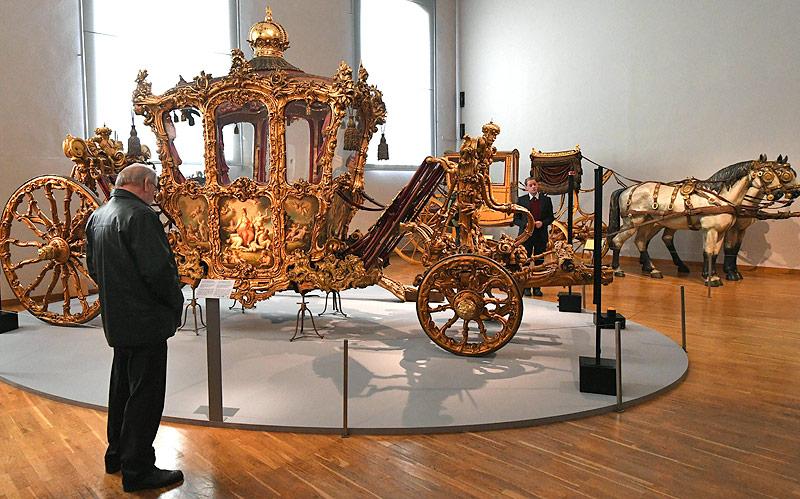 Krönungswagen  in der Kaiserlichen Wagenburg in Wien
