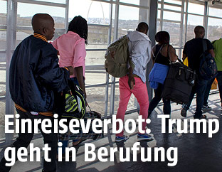 Einwanderer am Flughafen