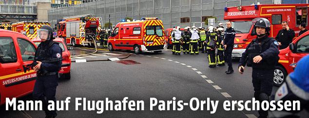 Feuerwehr am Flughafen Orly