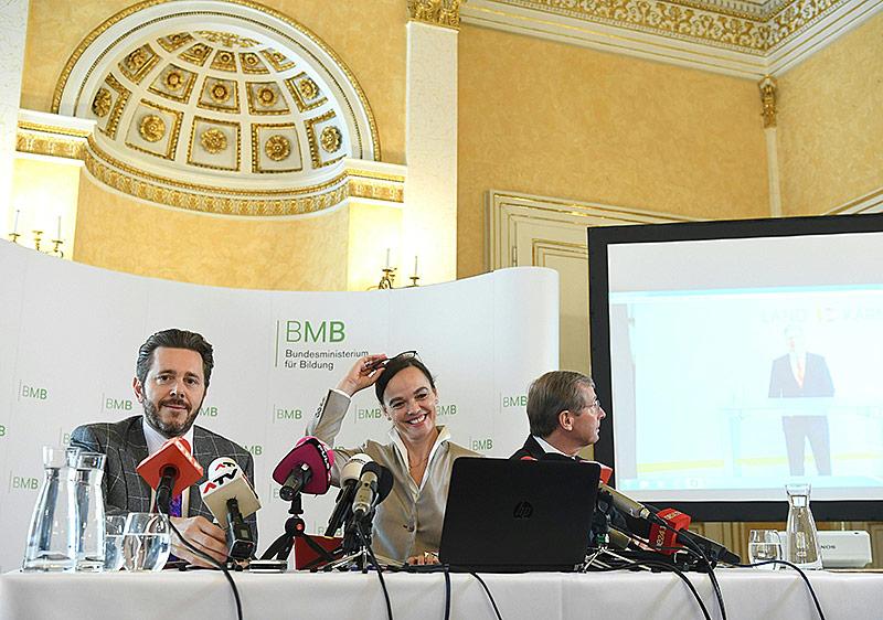 Staatssekretär Harald Mahrer, Bildungsministerin Sonja Hammerschmid und der Salzburger Landeshauptmann Wilfried Haslauer