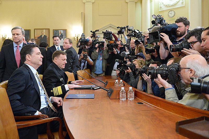 Pressefotografen und  FBI-Chef James Comey