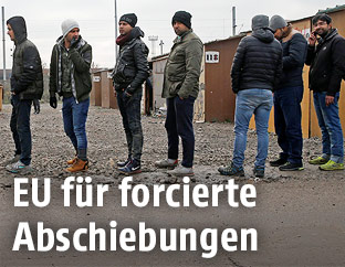 Flüchtlinge in einem Lager