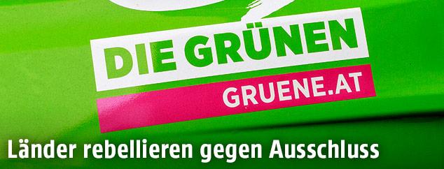 Grüne-Logo auf einem Auto