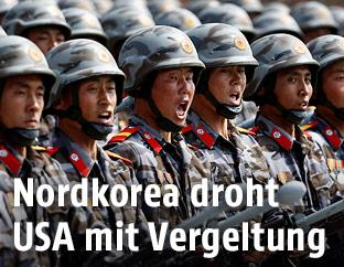 Nordkoreanische Soldaten bei einer Parade