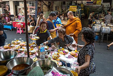 Thailand: Straßenküchen sollen in Bangkok verboten werden