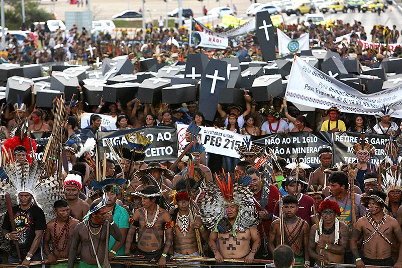 Demonstration der Brasilianischen Ureinwohner