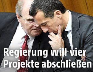 Vizekanzler Wolfgang Brandstetter und Bundeskanzler Christian Kern