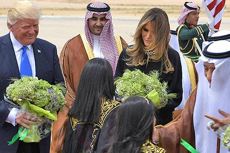 Donald und Melania Trump am Flughafen von Riad (Saudi-Arabien)