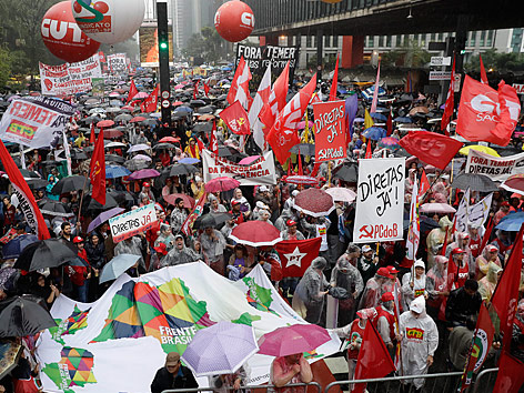 Brasiliens Polit-Beben: Präsident Temer tritt nicht zurück