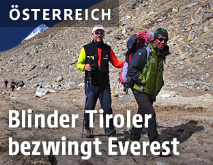 Andy Holzer mit Sherpa