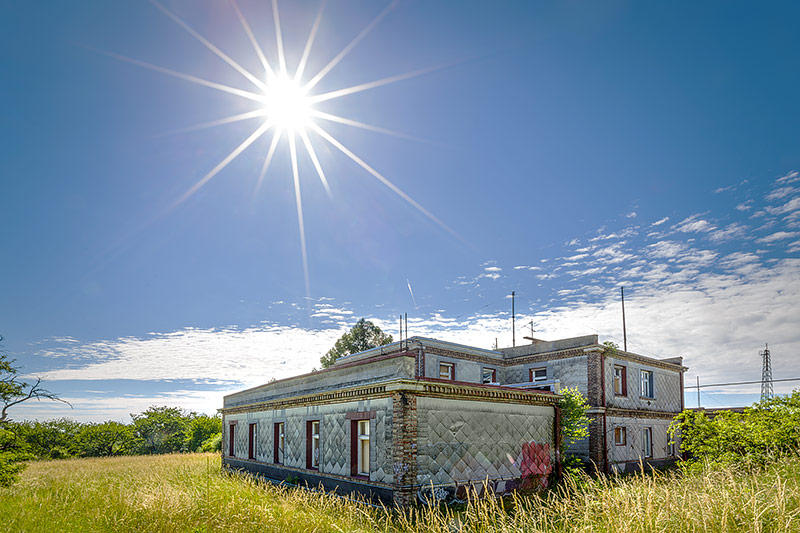 Gebäude der Empfangsanlage Laaer Berg