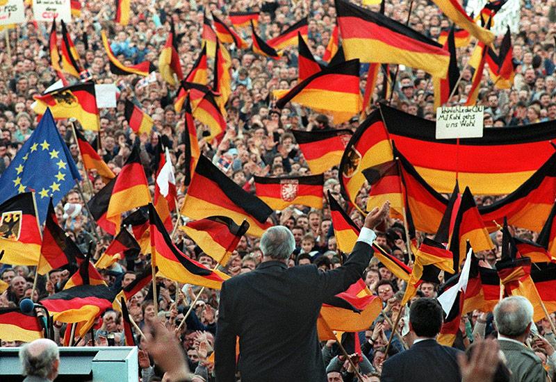 Helmut Kohl bei einer Wahlkampfvernastaltung in Erfurt