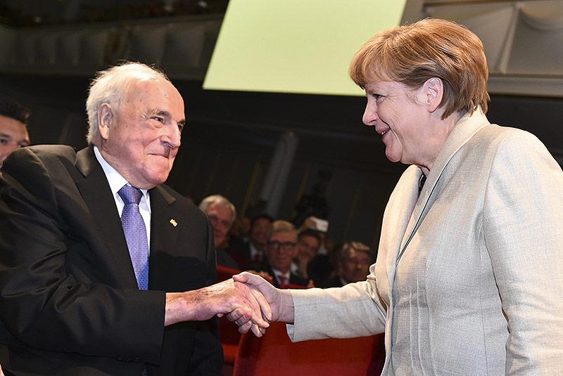 Kohl, Merkel