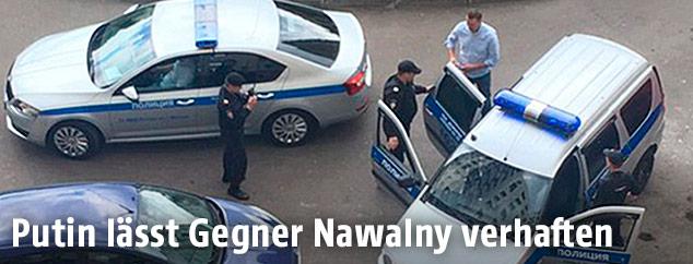 Russlands Oppositionspolitiker Alexej Nawalny wird verhaftet