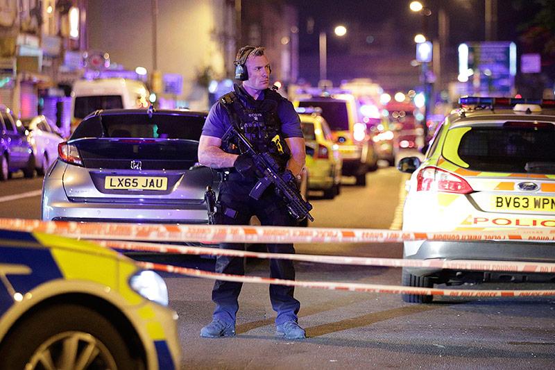 Polizist bei der Finsbury Park Station
