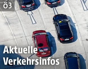 Autos auf einer Straße