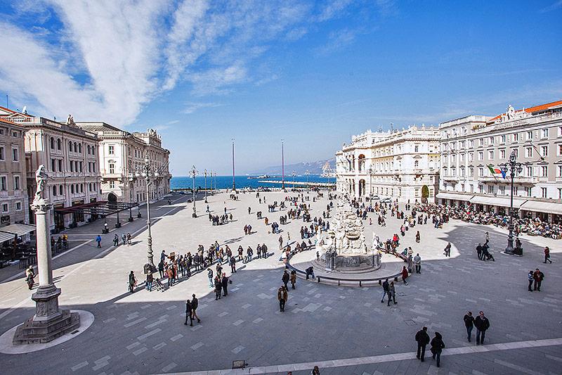 Piazza dell'Unita d'Italia in Triest