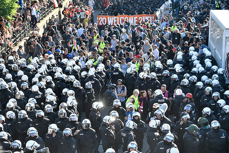 """""""Welcome to Hell""""-Demo in Hamburg"""