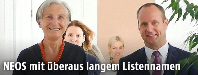 Irmgard Griss und NEOS-Vorsitzender Matthias Strolz