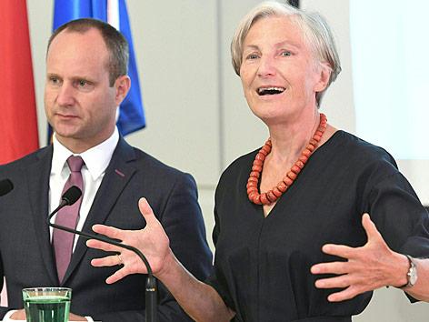 NEOS-Vorsitzender Matthias Strolz und Irmgard Griss